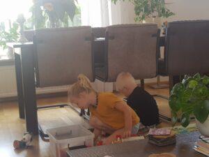 Spelen bij opa en oma